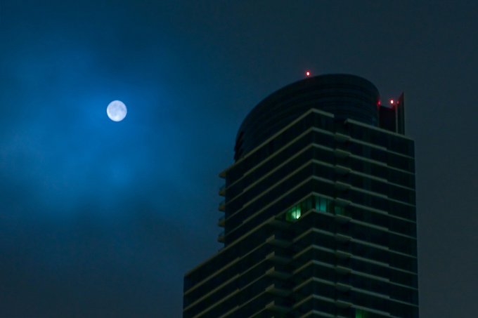 One Rincon Hill and the Moon